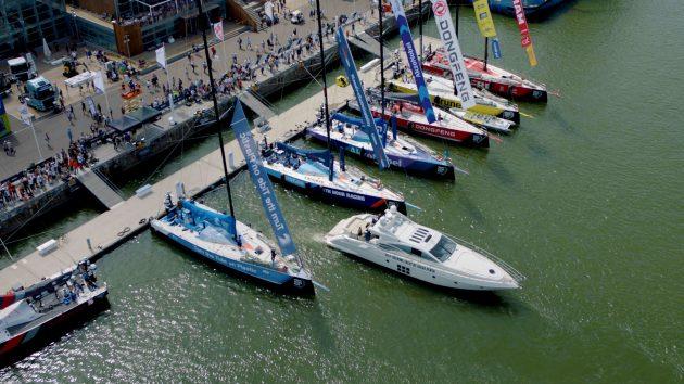 Volvo self-docking Azimut boat