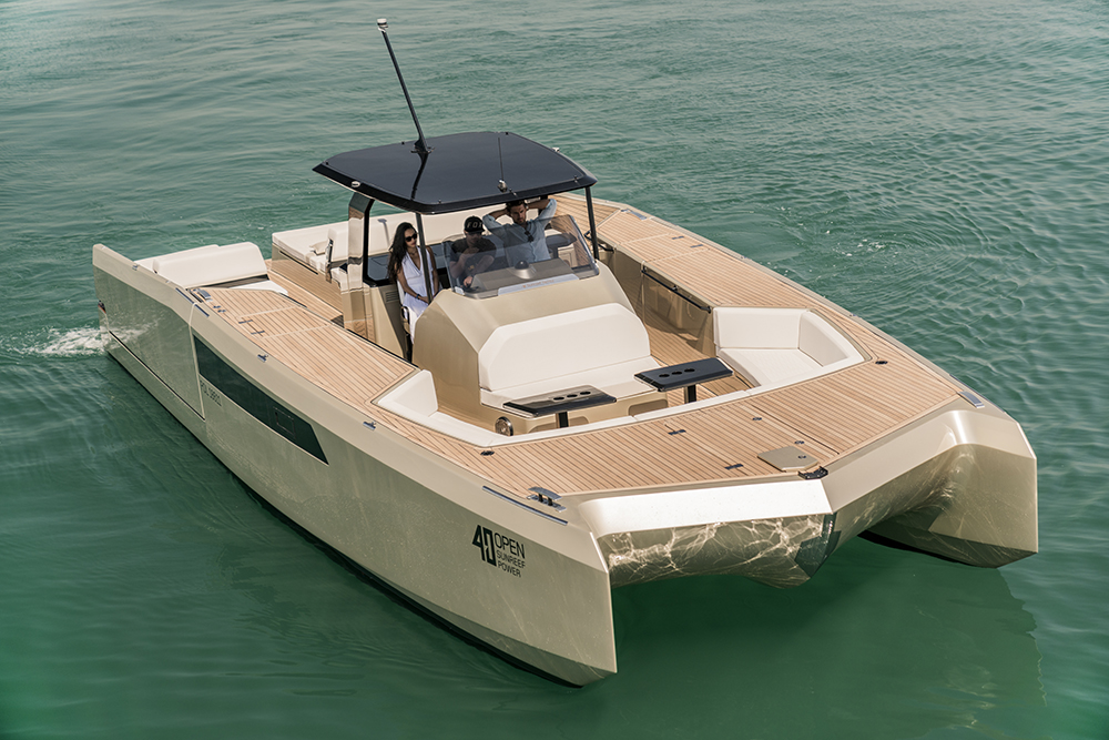 40 Open Sunreef Power exterior