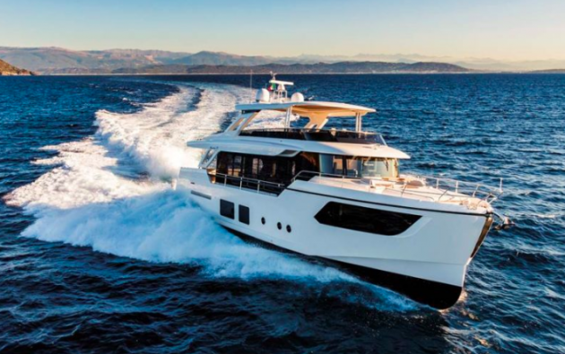 Absolute Navetta 73 saloon