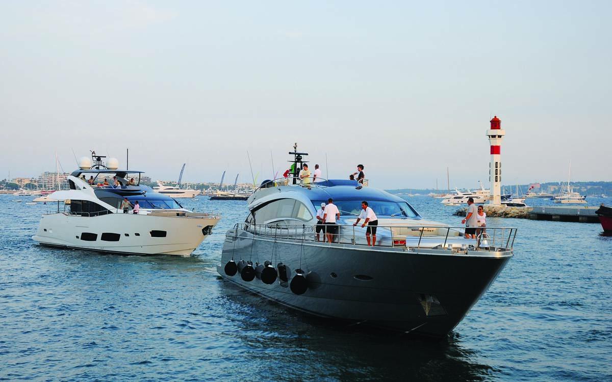 ais-explained-Busy Cannes harbour_274767991_491406861