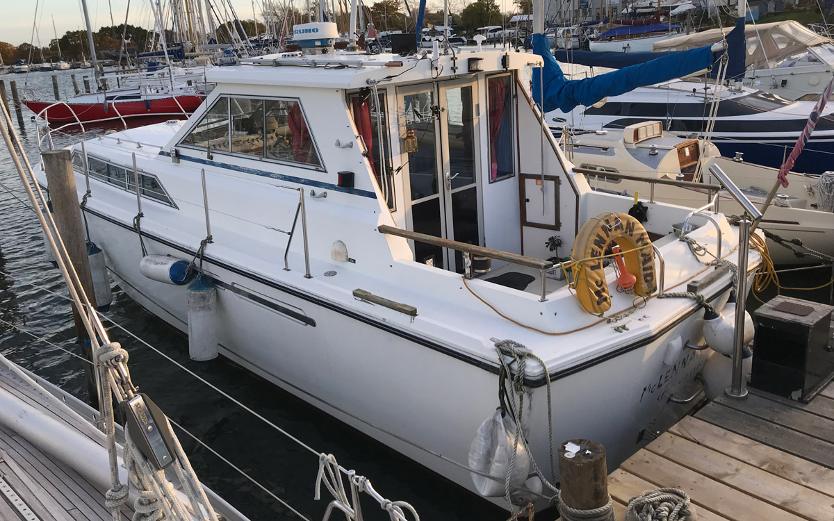 guide-des-acheteurs-d'occasion-starter-boat-under-20000-Princess-33-Exterior