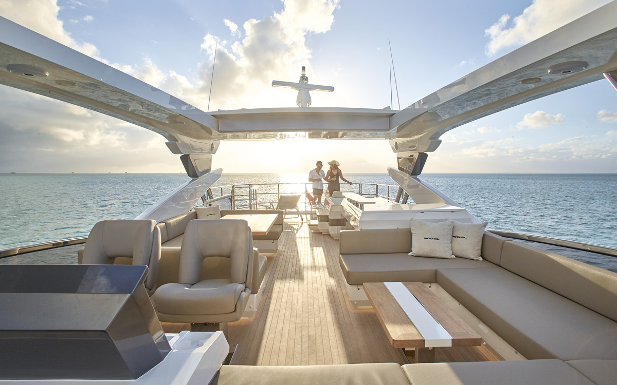 Pearl 80 review: Stylish British flybridge oozes Miami glamour and