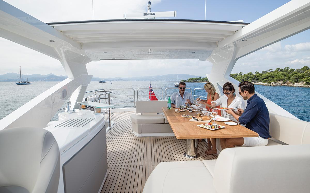 Sunseeker-76-yacht-review-foedeck