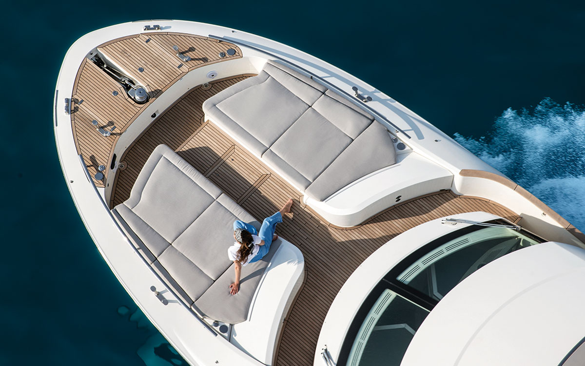 monte-carlo-yachts-66-test-foredeck-aerial-view