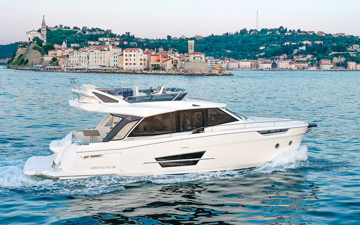 Greenline-45-Fly-cannes-boat-show-launch