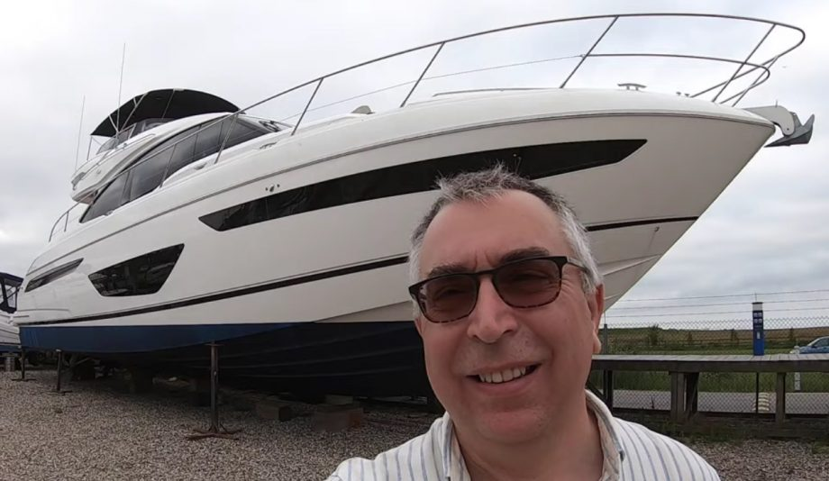 princess-s65-yacht-tour-selfie