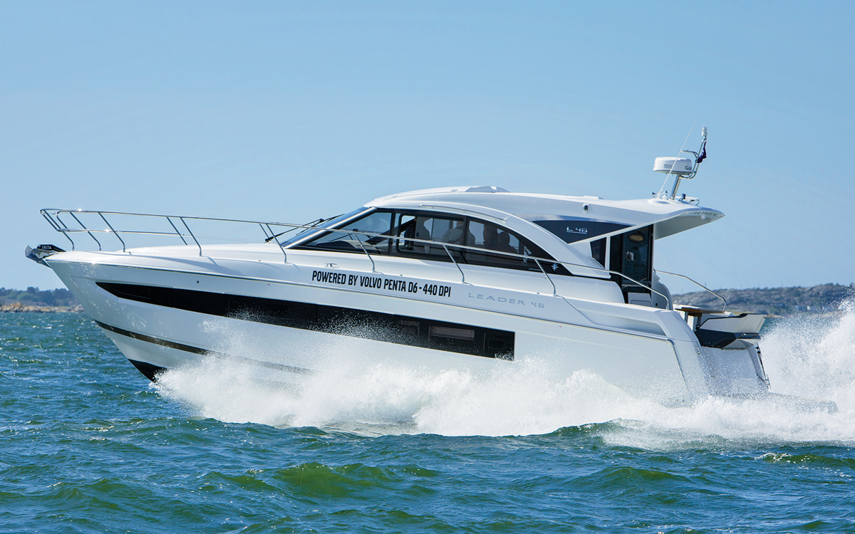Jeanneau-Leader-46-fitted-with-volvo-penta-D6