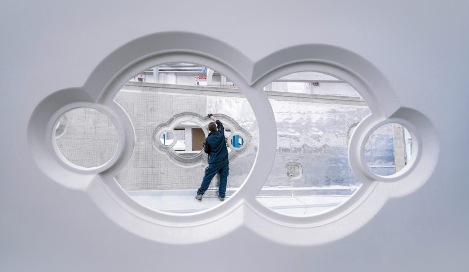 superyacht-factory-behind-the-scenes-monte-carlo-yachts-portholes