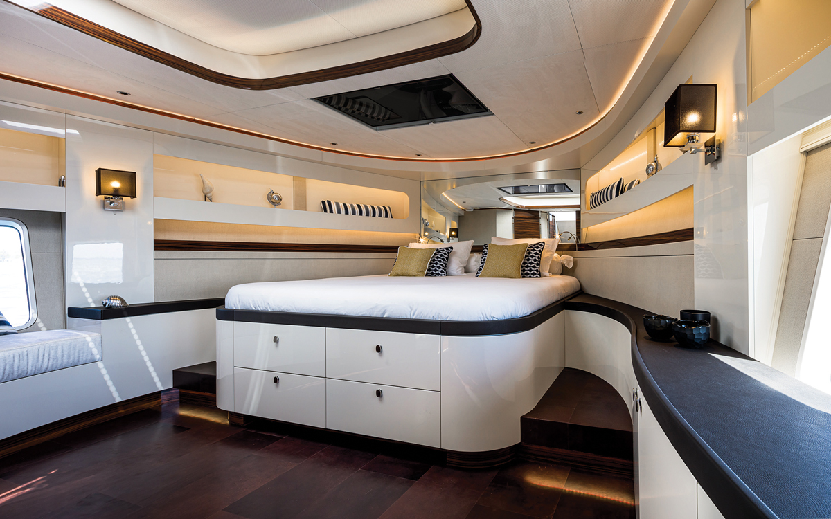 zeelander-72-yacht-test-master-cabin-credit-jeff-brown-breed-media
