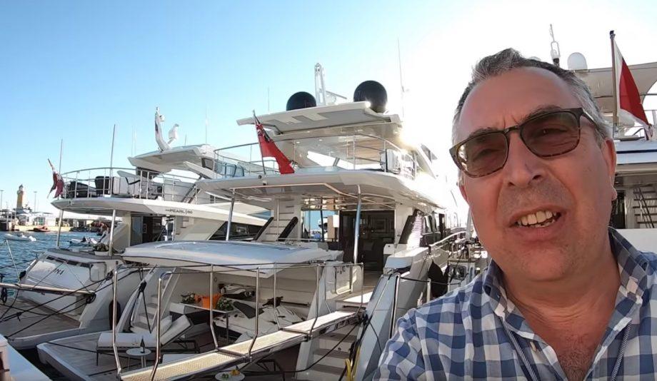 aquaholic-yacht-tour-pearl-95-selfie