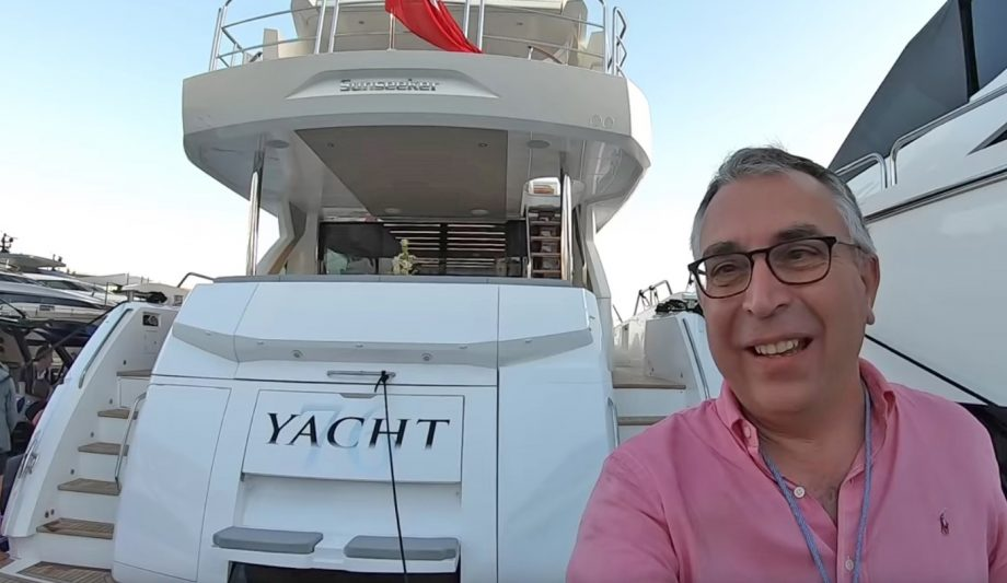 aquaholic-yacht-tour-sunseeker-76-selfie