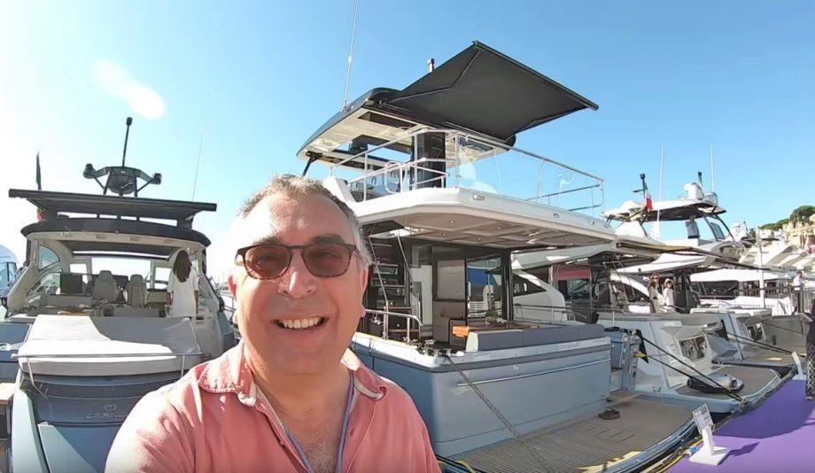aquaholic-yacht-tour-cranchi-t55-selfie