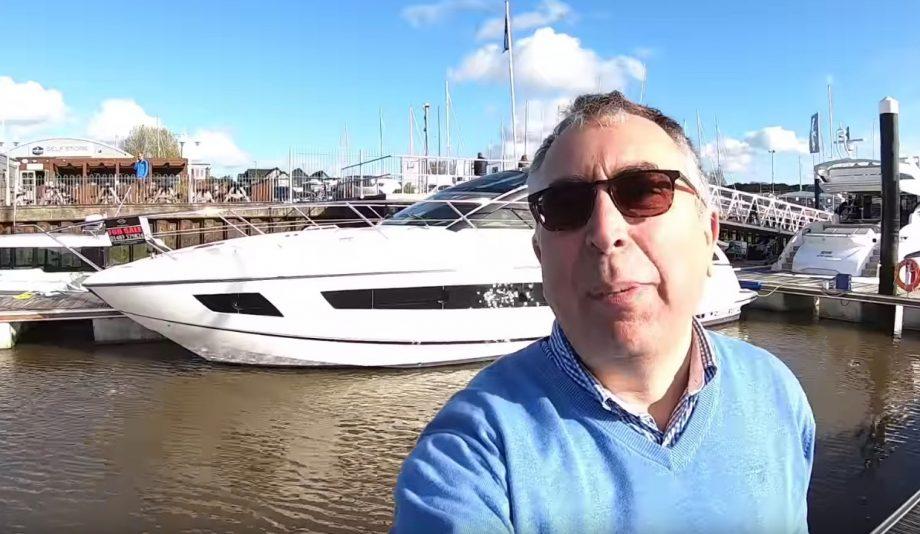 aquaholic-yacht-tour-sunseeker-san-remo-selfie