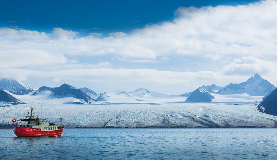 cruising-svalbard-san-gottardo-glacier-hero-credit-dag-pike