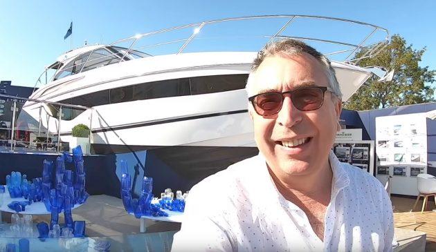 princess-v40-yacht-tour-selfie