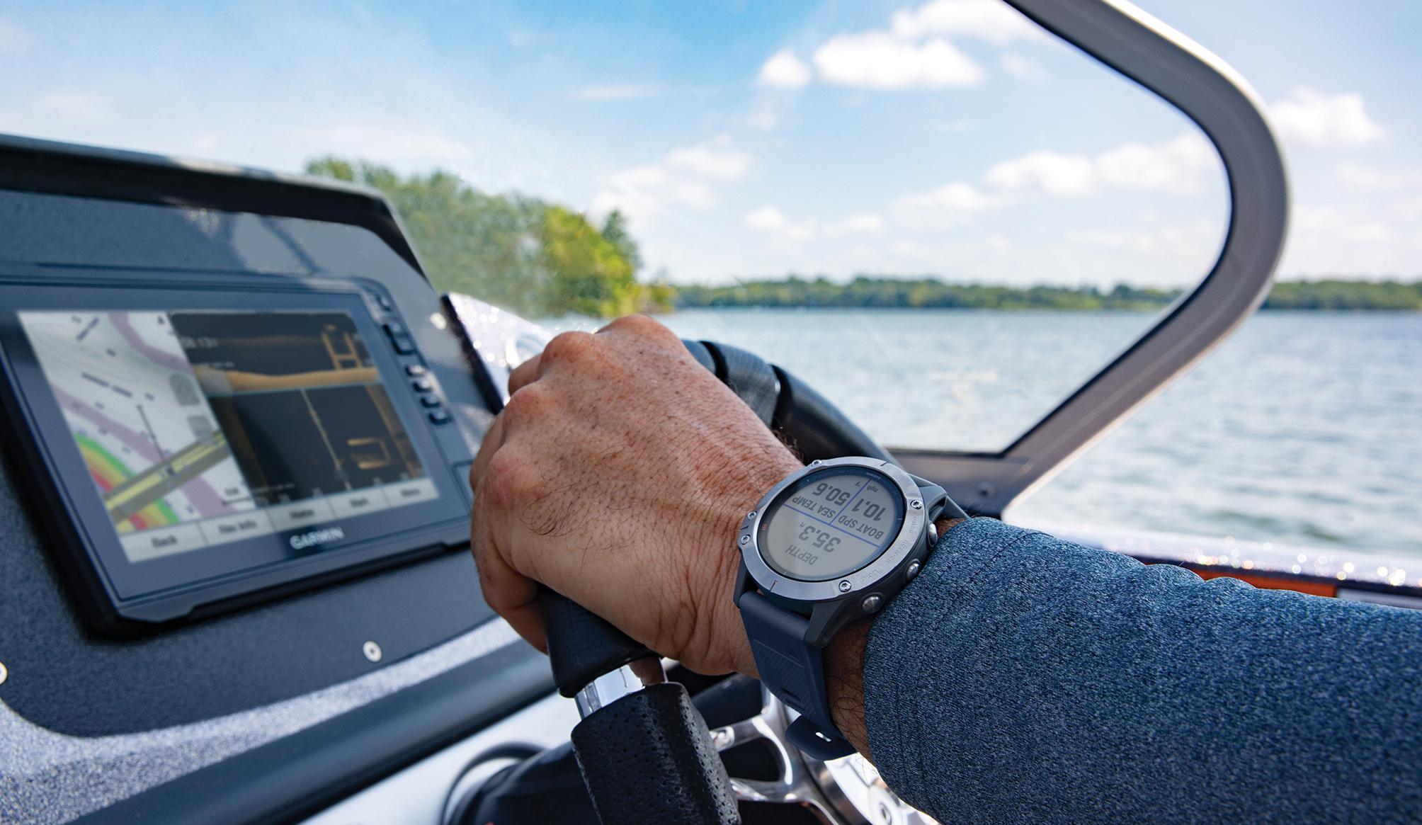 garmin-quatix-6-boating-smart-watch-helm