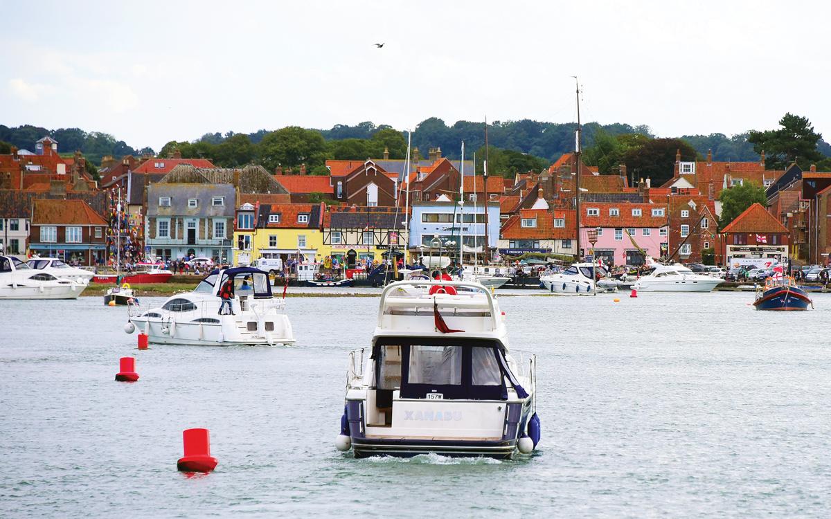 cruising-norfolk-Wells-Harbor-credit-Simon-Finlay
