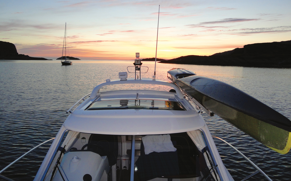 cruising-shetland-finnmaster-76ca-kayak-rack-credit-Andrew-Morton