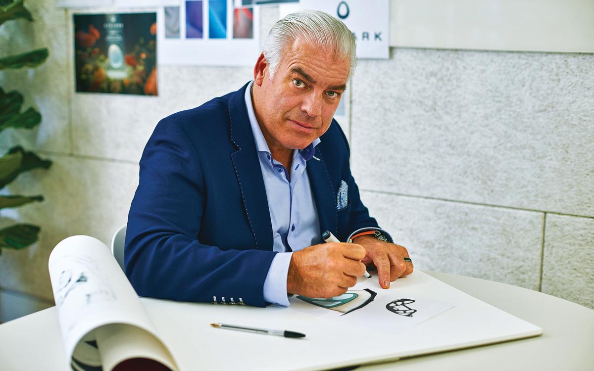 car-designer-frank-stephenson-portrait-credit-Tom-Mannio