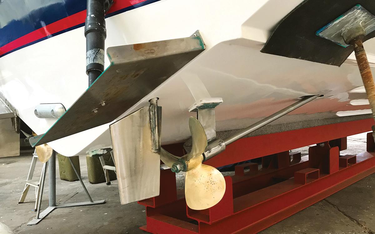 historic-raceboat-thunderstreak-refit-2018-original-shafts-trim-tabs