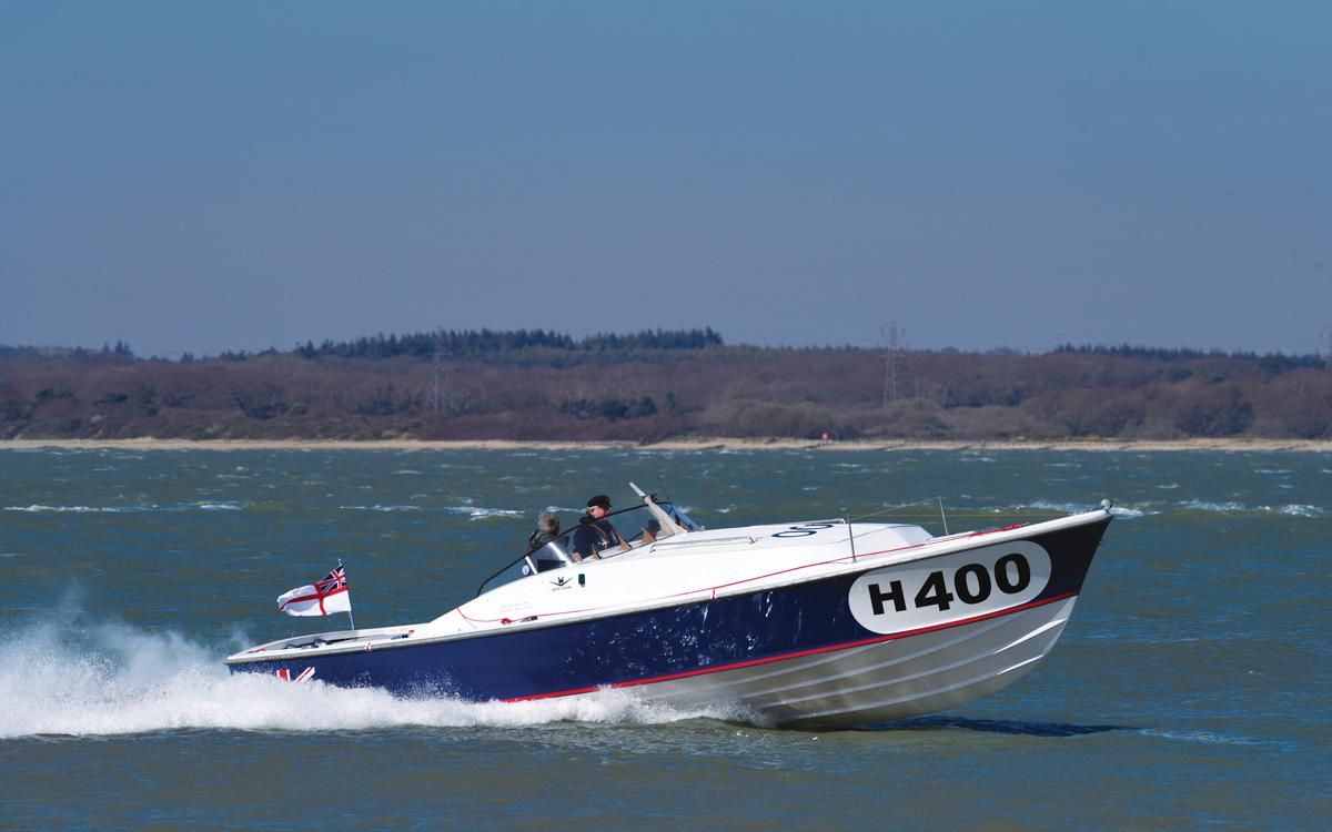 historic-raceboat-thunderstreak-refit-2020-sea-trials