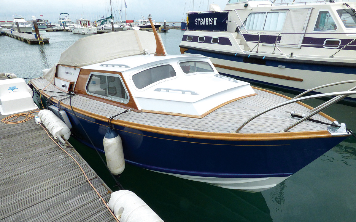 secondhand-boat-buyers-guide-best-under-40000-Campbell-Christina-mk6-exterior