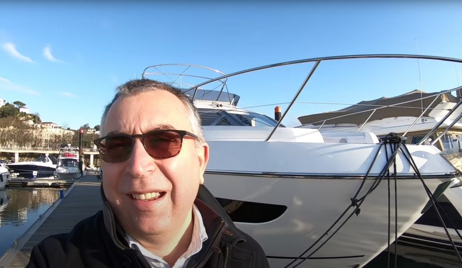 sunseeker-manhattan-52-yacht-tour-video-aquaholic