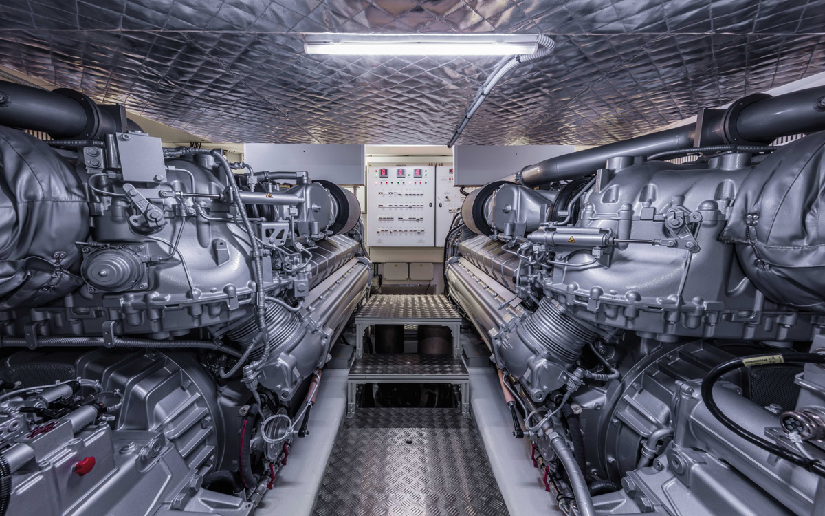 Pershing-8X-yacht-test-review-engine-room