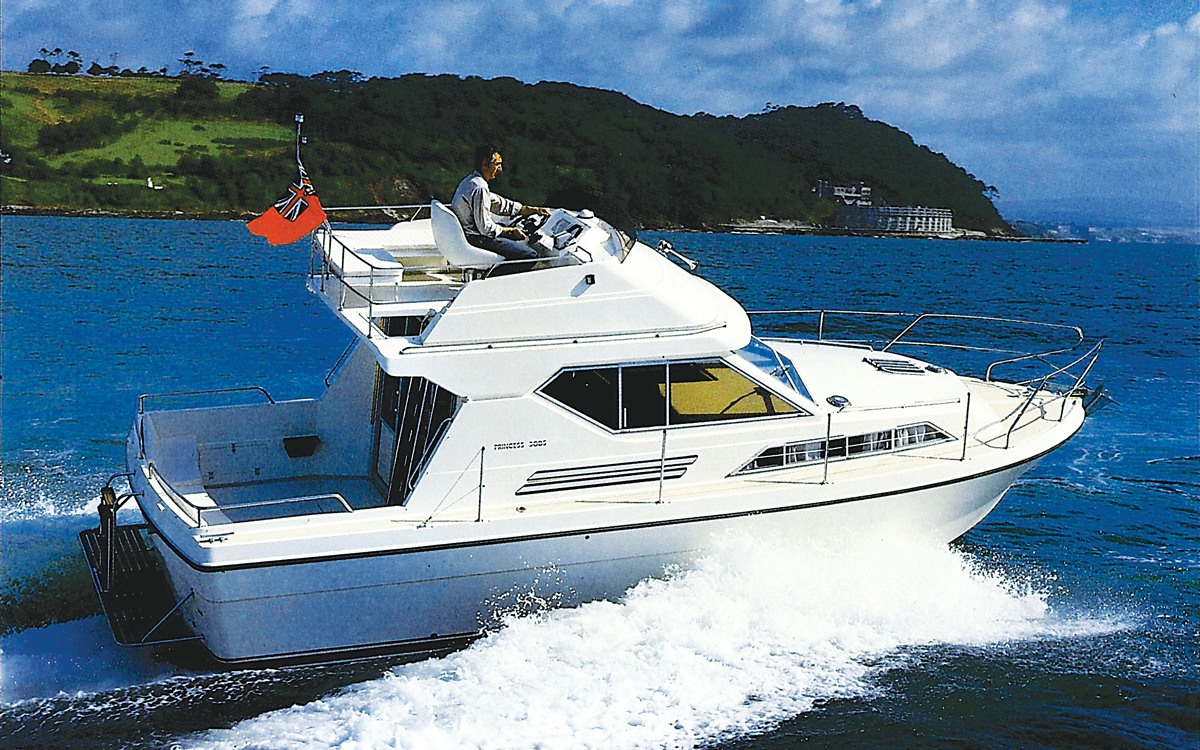 best-Princess-yachts-30DS