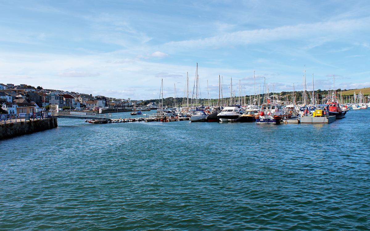 cruising-falmouth-cornwall-berths-Falmouth-Yacht-Haven