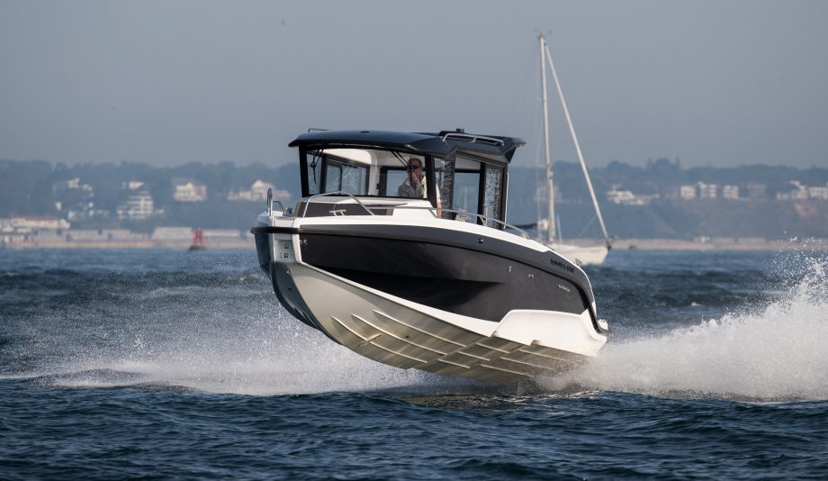 hydrolift-x-27-suv-boat-test-drive-review-video-credit-richard-langdon