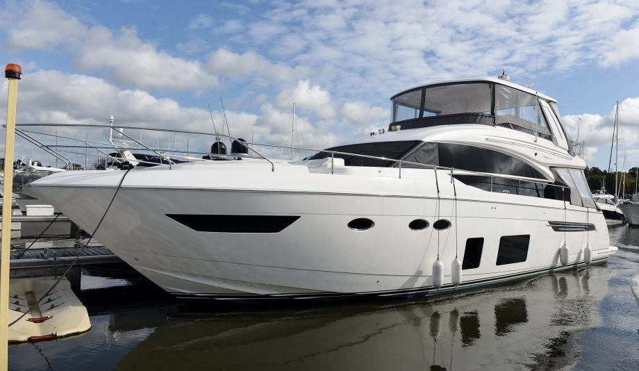 princess-68-used-boat-yacht-tour-video-video-thumb