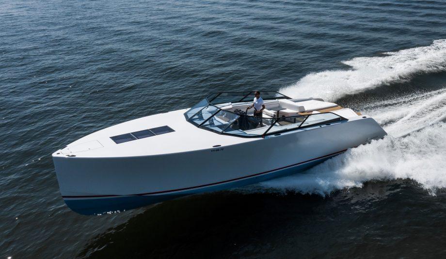 waterdream-52-california-van-der-valk-new-yachts-running-shot-hero