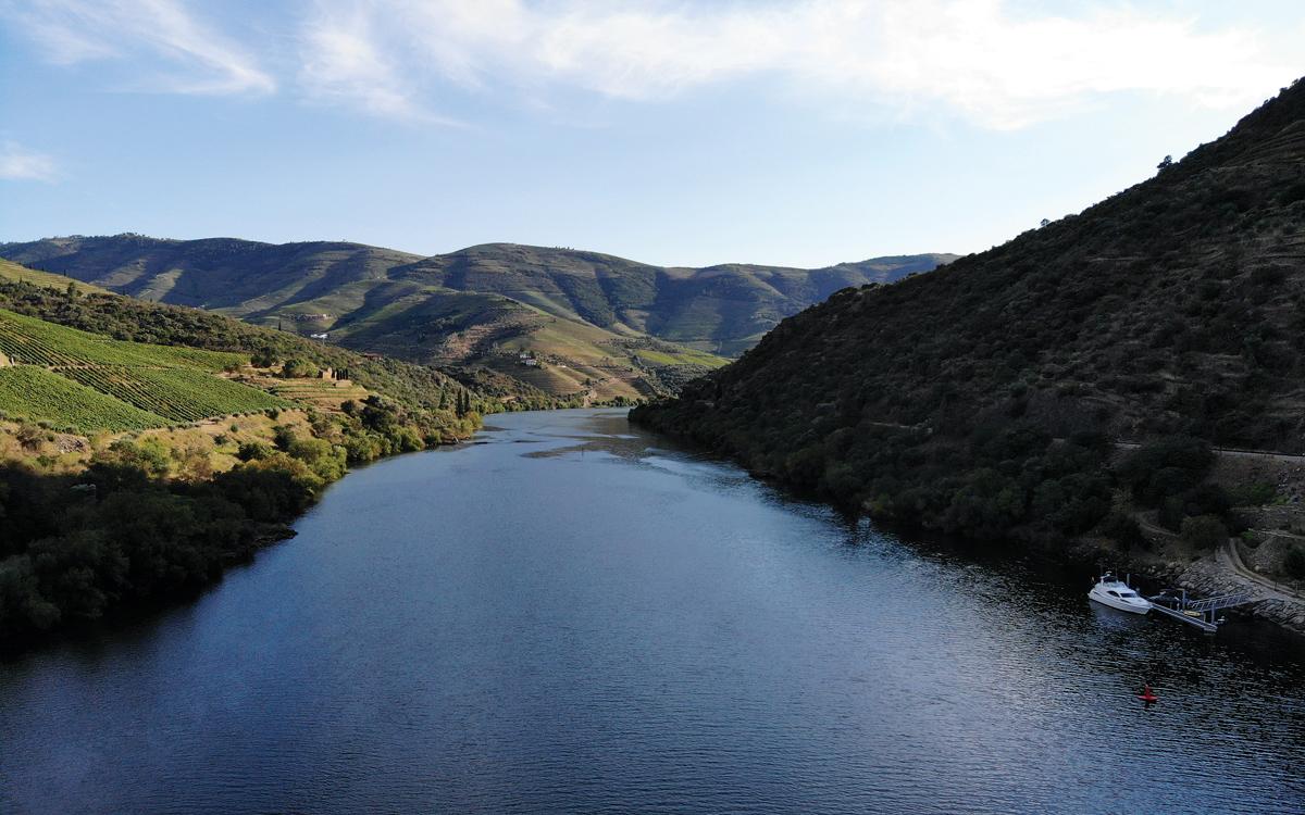 cruising-portugal-douro-river-drone-view-credit-Corinne-Julius