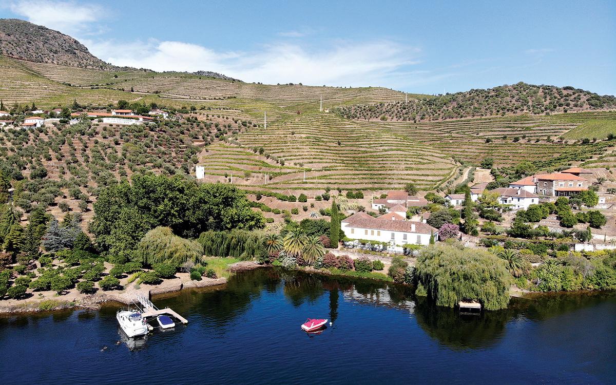 cruising-portugal-douro-river-private-berth-credit-Corinne-Julius