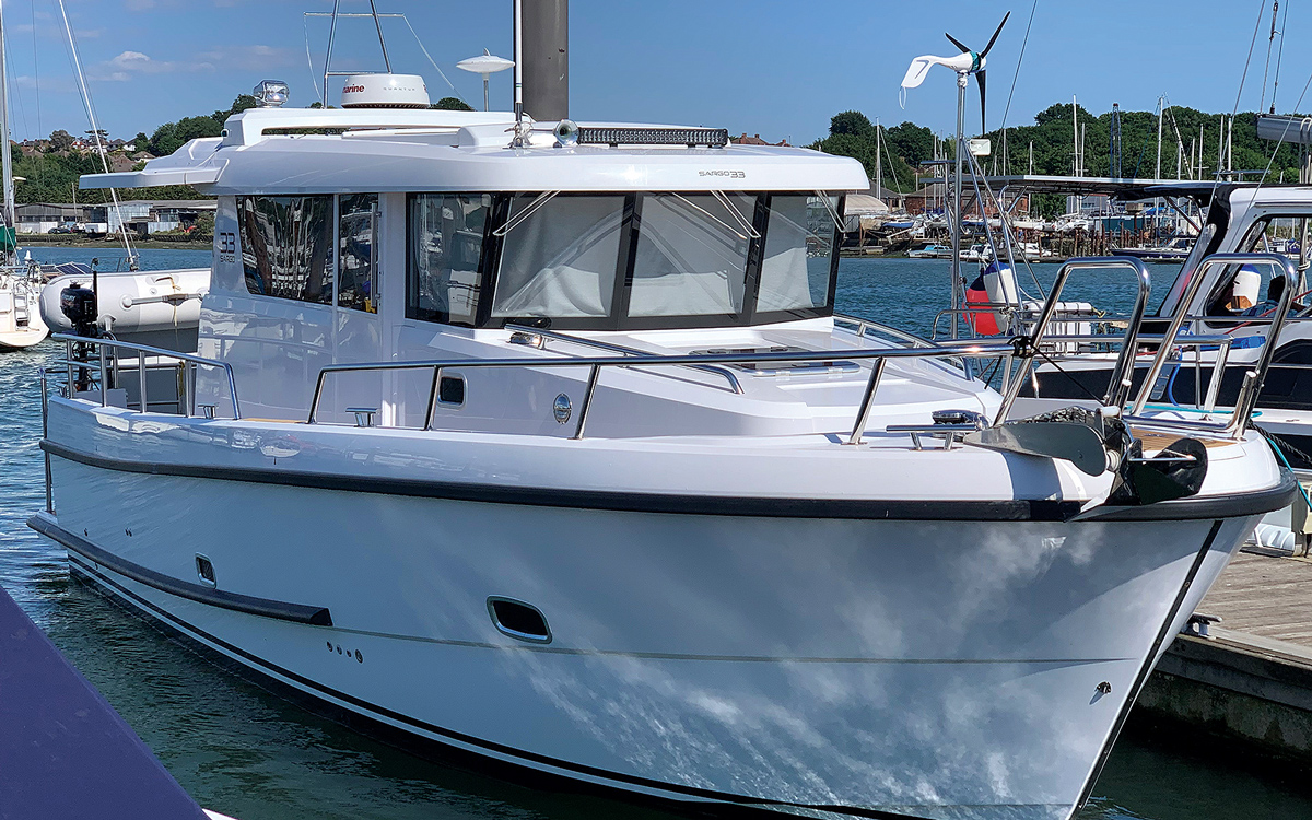 secondhand-boat-buyers-guide-best-all-weather-boats-for-sale-sargo-33-exterior