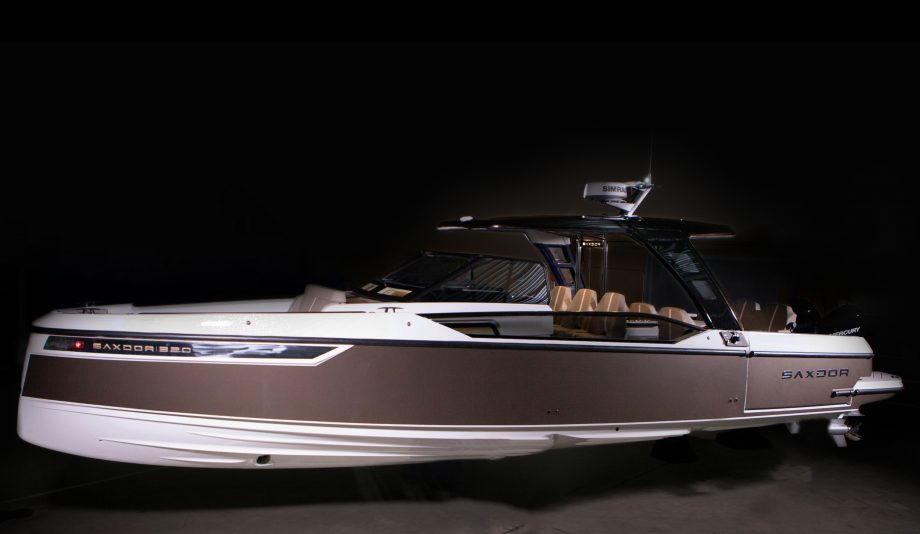 Saxdor-320-gto-first-look-new-boats-exterior-hero
