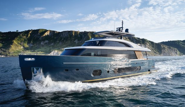 azimut-magellano-25-metri-test-drive-review-video