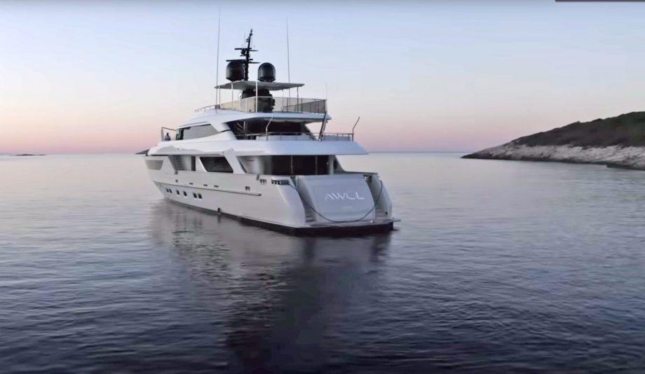 sanlorenzo-sd122-awol-yacht-tour-video-exterior