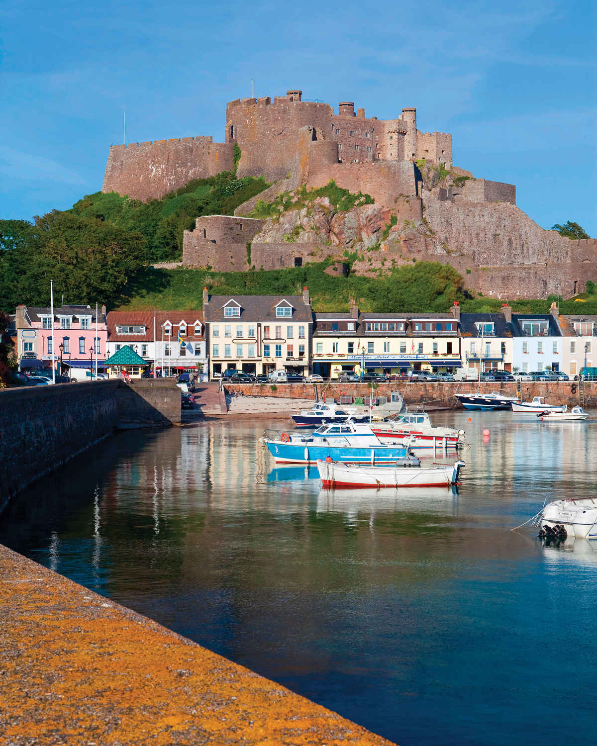 channel-islands-boating-Mont-Orgeuil-Castle-Gorey-Harbour-credit-Gavin-Hellier-Alamy