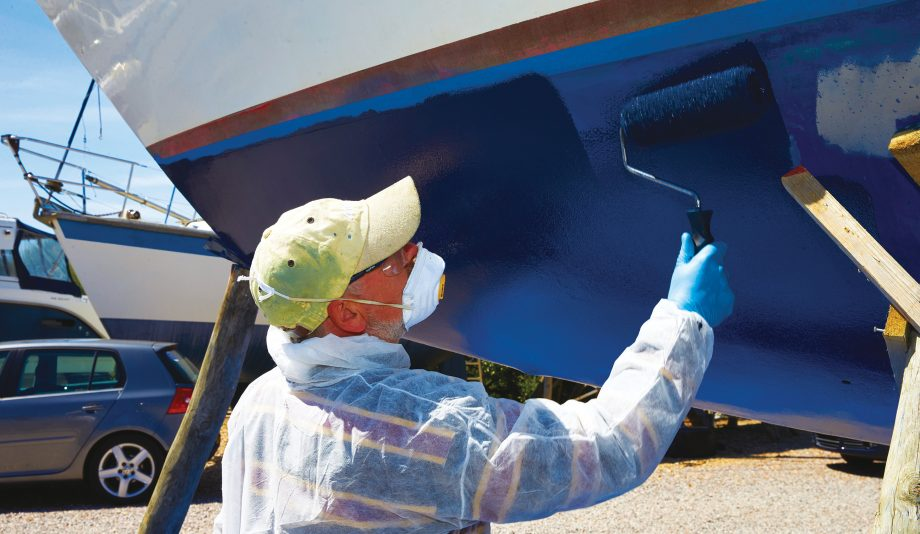 get-into-boating-boat-maintenance-antifoul-hero