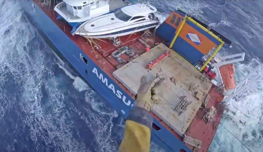 norwegian-cargo-ship-rescue-video