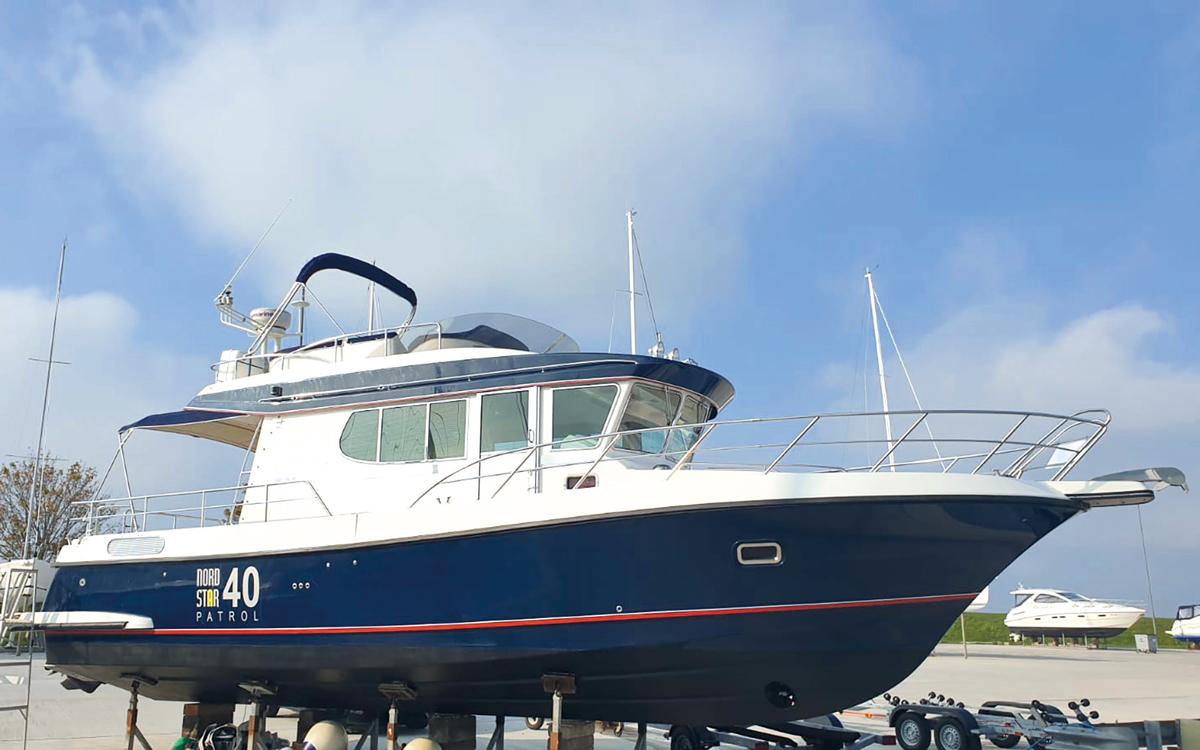 best-40ft-flybridge-yacht-for-sale-nordstar-40-exterior
