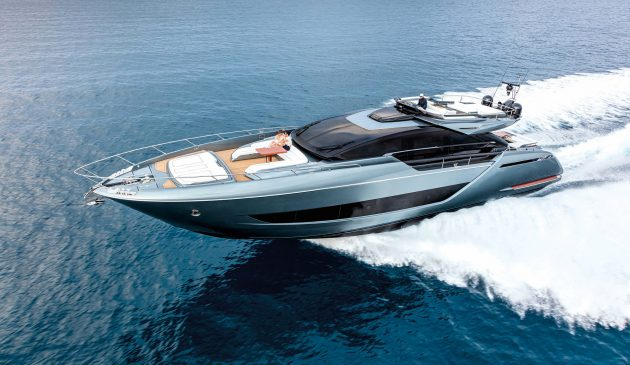 The largest of Riva's Sportfly models lives up to its billing with a top speed of 39 knots