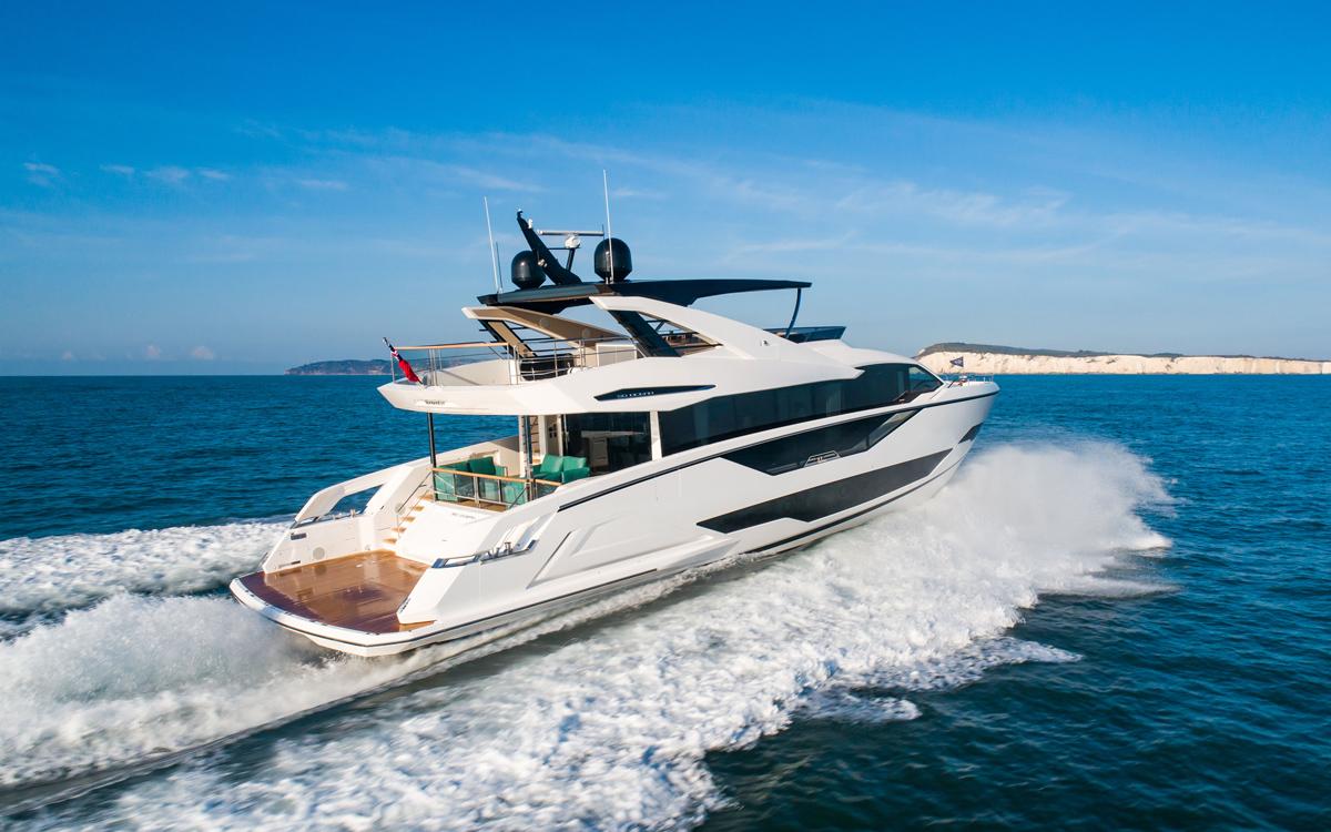 sunseeker-90-ocean-aft-running-shot-new-yachts-first-look