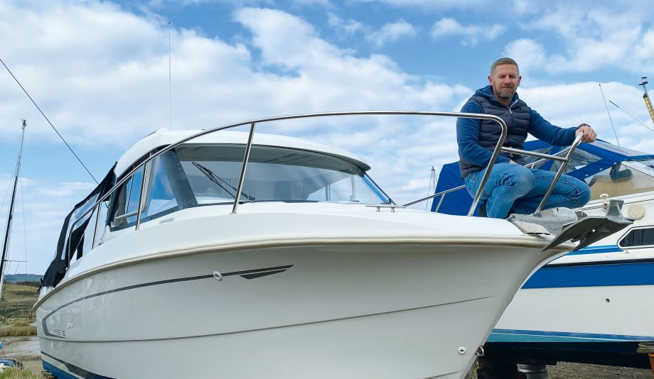 buying-first-boat-beneteau-antares-780-phil-clayton