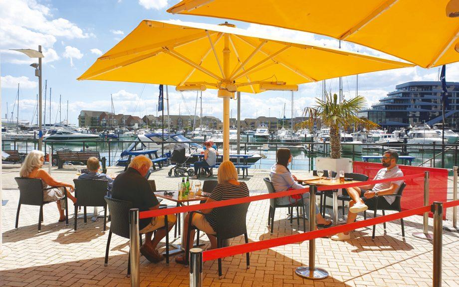 best-seaside-restaurants-banana-wharf-ocean-village-southampton-exterior