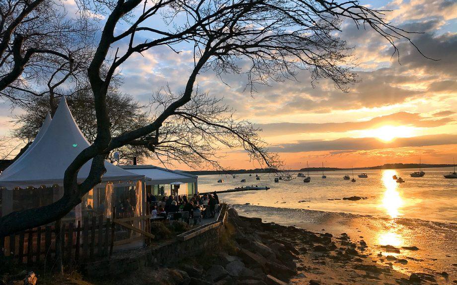 best-seaside-restaurants-shell-bay-poole