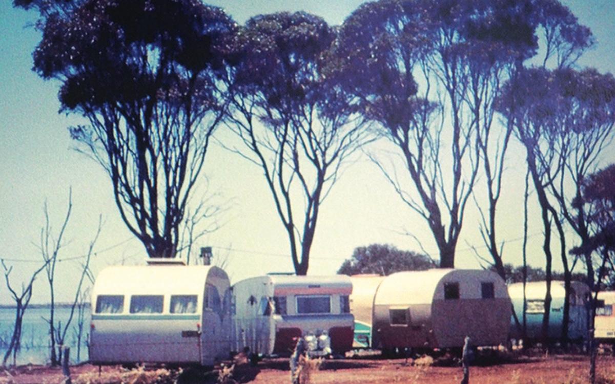 bluebird-k7-waterspeed-record-1964-lake-dumbleyung-donald-campbell-base-camp-credit-mccormack-family-albums
