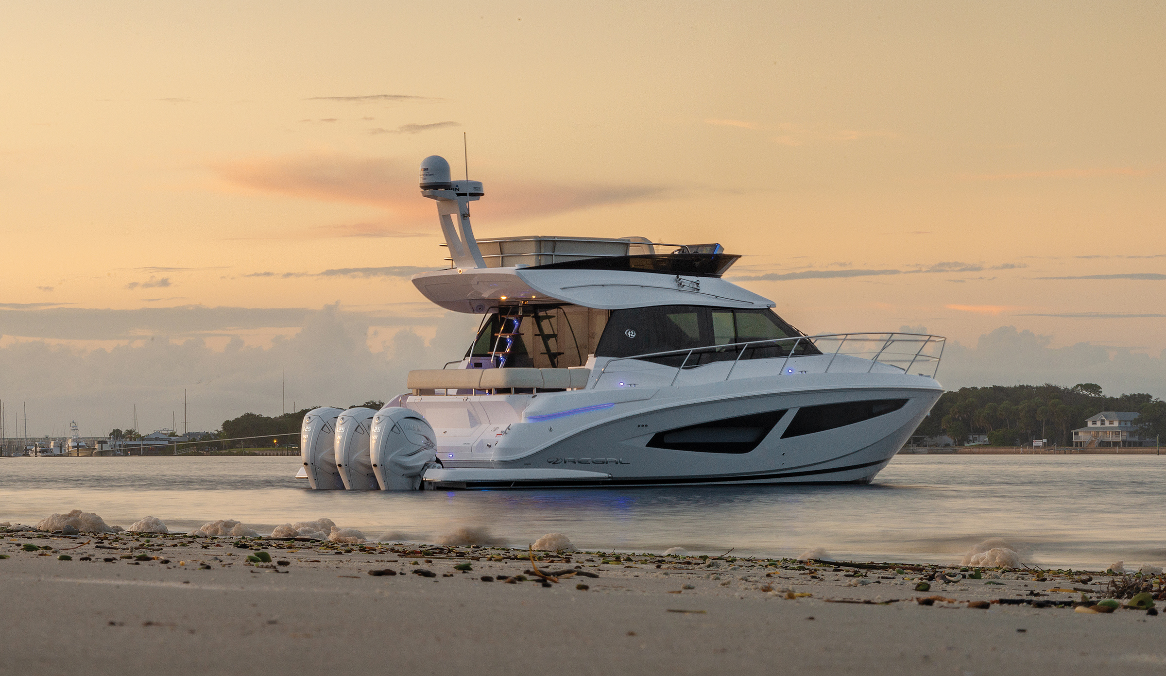 Regal 42 FXO first look: Outboard-powered flybridge is a sign of the times